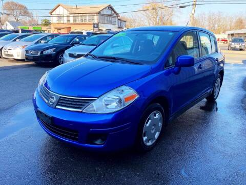 2009 Nissan Versa for sale at Dijie Auto Sale and Service Co. in Johnston RI