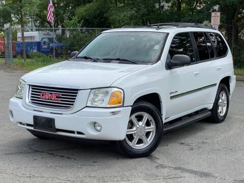 2006 GMC Envoy for sale at JMAC IMPORT AND EXPORT STORAGE WAREHOUSE in Bloomfield NJ
