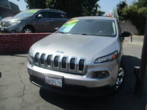 2015 Jeep Cherokee for sale at Quick Auto Sales in Modesto CA