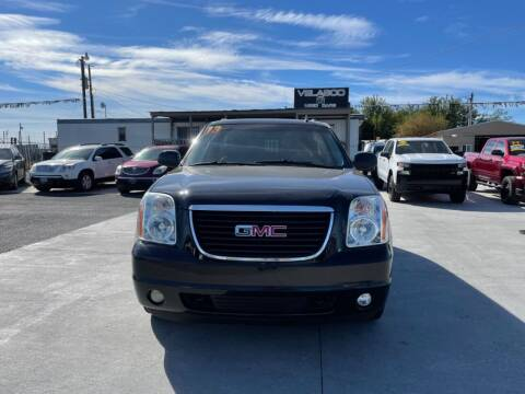 2013 GMC Yukon for sale at Velascos Used Car Sales in Hermiston OR