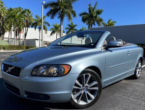 2010 Volvo C70 for sale at Maxicars Auto Sales in West Park FL