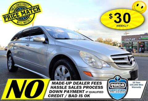 2006 Mercedes-Benz R-Class for sale at AUTOFYND in Elmont NY