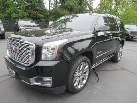 2015 GMC Yukon for sale at LULAY'S CAR CONNECTION in Salem OR
