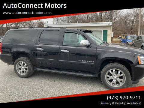 2007 Chevrolet Suburban for sale at AutoConnect Motors in Kenvil NJ