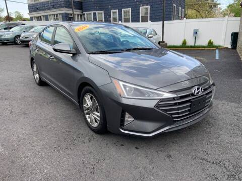 2019 Hyundai Elantra for sale at EMPIRE CAR INC in Troy NY