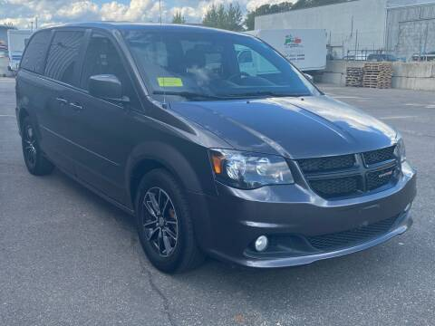 2015 Dodge Grand Caravan for sale at BONIA MOTORS in Lynn MA