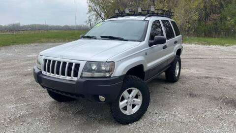 2004 Jeep Grand Cherokee for sale at ROUTE 6 AUTOMAX in Markham IL