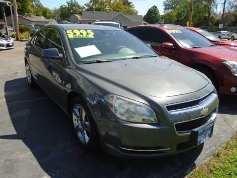 2009 Chevrolet Malibu for sale at DISCOVER AUTO SALES in Racine WI