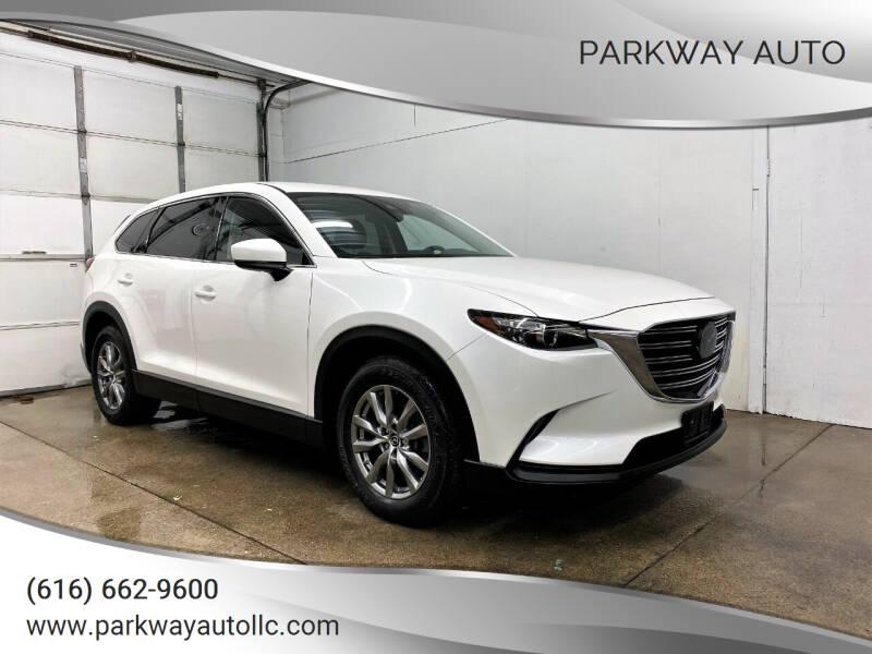 2018 Mazda CX-9 for sale at PARKWAY AUTO in Hudsonville MI