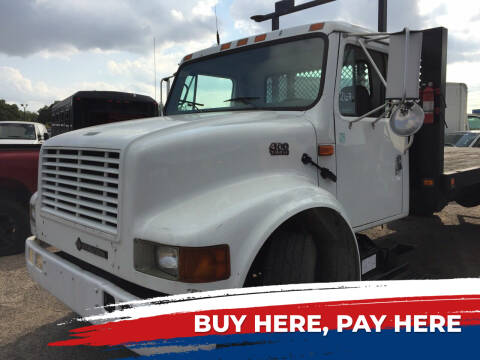 2001 International 4700 for sale at BSA Used Cars in Pasadena TX