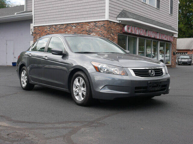 2010 Honda Accord for sale at Canton Auto Exchange in Canton CT