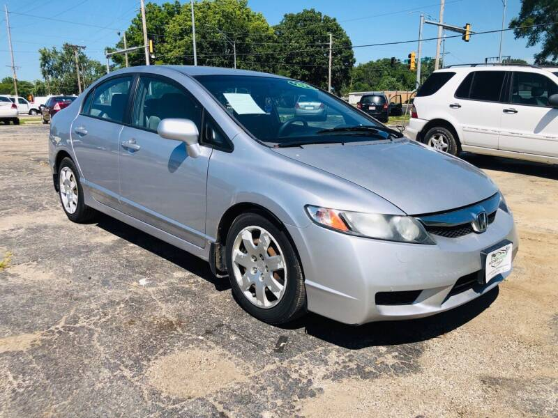 2010 Honda Civic for sale at Rocket Cars Auto Sales LLC in Des Moines IA