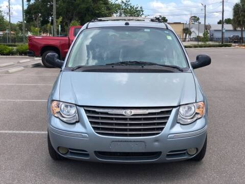 2005 Chrysler Town and Country for sale at Carlando in Lakeland FL