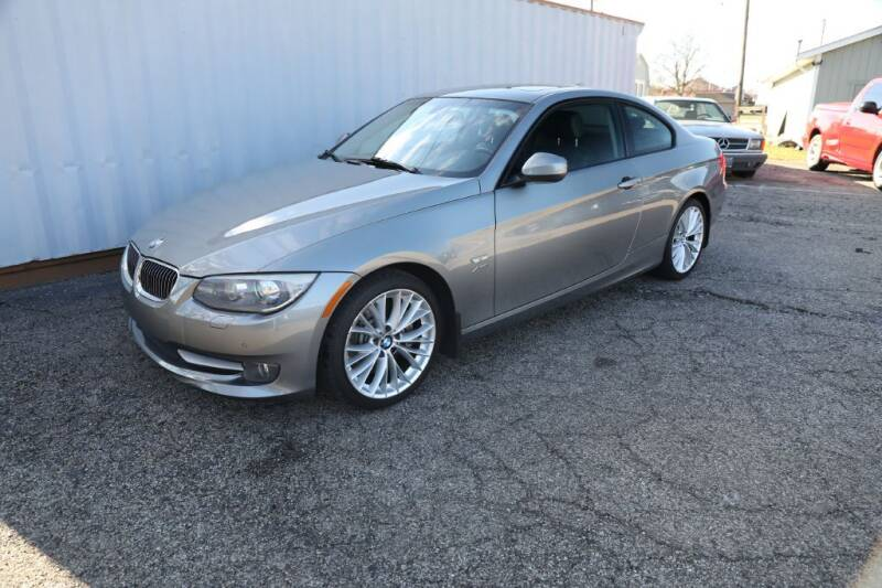 2011 BMW 3 Series for sale at Queen City Classics in West Chester OH
