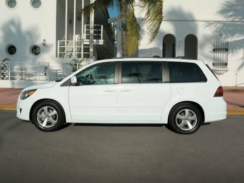 2009 Volkswagen Routan for sale at Sundance Chevrolet in Grand Ledge MI