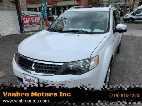 2009 Mitsubishi Outlander for sale at Vanbro Motors Inc in Staten Island NY