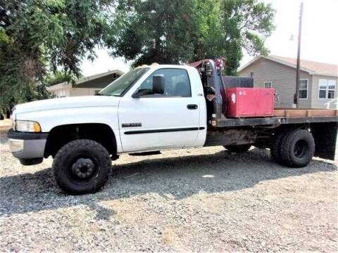 2001 Dodge Ram Chassis 3500 for sale at Central City Auto West in Lewistown MT