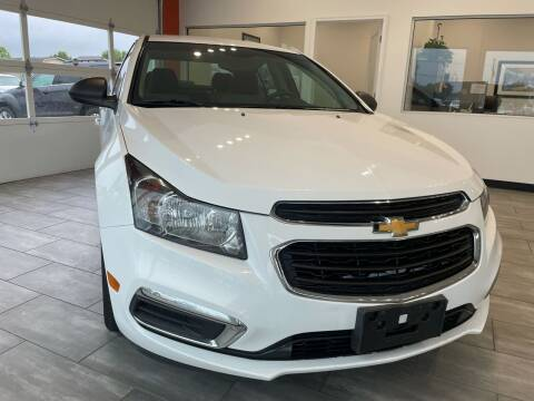 2015 Chevrolet Cruze for sale at Evolution Autos in Whiteland IN