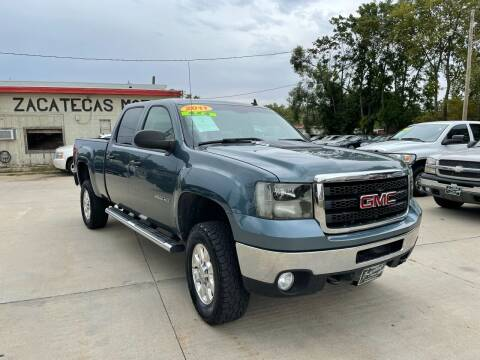 2011 GMC Sierra 2500HD for sale at Zacatecas Motors Corp in Des Moines IA