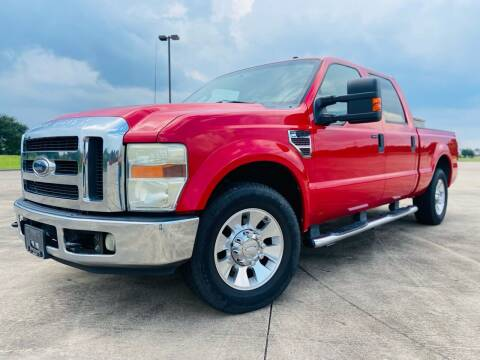 2008 Ford F-250 Super Duty for sale at AUTO DIRECT Bellaire in Houston TX