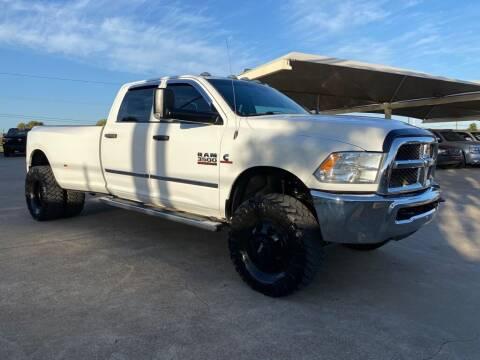 2015 RAM Ram Pickup 3500 for sale at Thornhill Motor Company in Hudson Oaks, TX