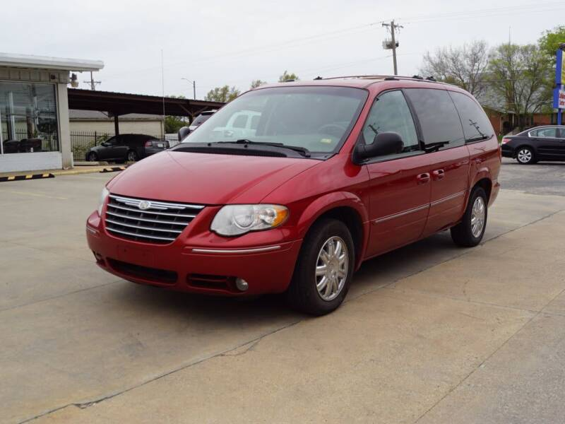 2005 Chrysler Town and Country for sale at Kansas Auto Sales in Wichita KS
