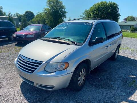 2005 Chrysler Town and Country for sale at US5 Auto Sales in Shippensburg PA