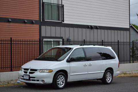 2000 Dodge Grand Caravan for sale at Skyline Motors Auto Sales in Tacoma WA