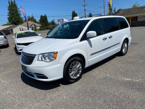 2015 Chrysler Town and Country for sale at MK MOTORS in Marysville WA