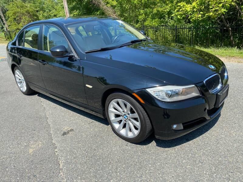 2011 BMW 3 Series for sale at Used Cars of Fairfax LLC in Woodbridge VA