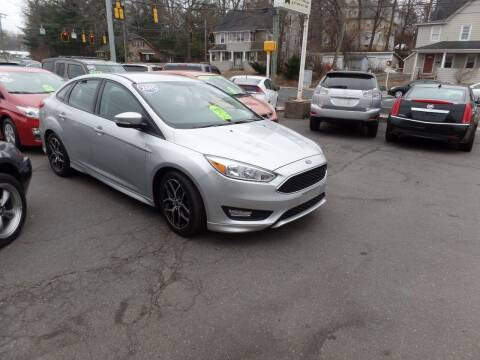 2015 Ford Focus for sale at CAR CORNER RETAIL SALES in Manchester CT