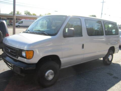 2006 Ford E-Series Wagon for sale at Zinks Automotive Sales and Service - Zinks Auto Sales and Service in Cranston RI