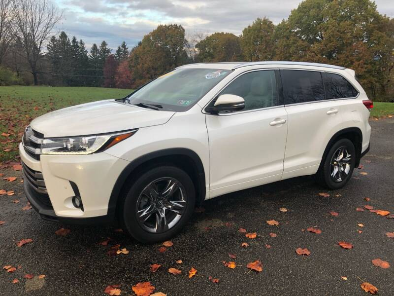 2018 Toyota Highlander for sale at Hutchys Auto Sales & Service in Loyalhanna PA