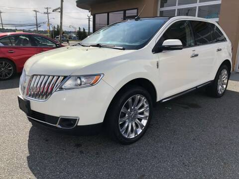 2013 Lincoln MKX for sale at MAGIC AUTO SALES - Magic Auto Prestige in South Hackensack NJ