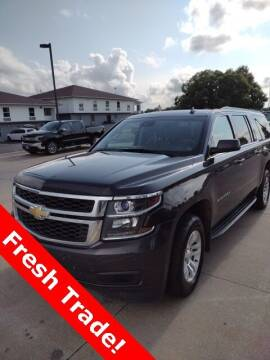 2015 Chevrolet Suburban for sale at Midway Auto Outlet in Kearney NE