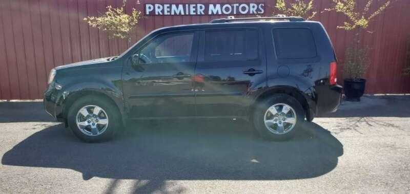 2011 Honda Pilot for sale at PREMIERMOTORS  INC. in Milton Freewater OR