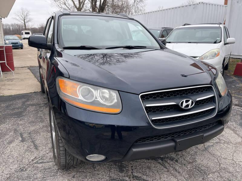 2008 Hyundai Santa Fe for sale at Best Deal Motors in Saint Charles MO