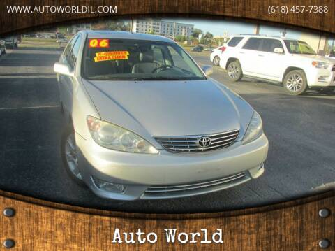 2006 Toyota Camry for sale at Auto World in Carbondale IL