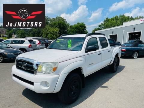2007 Toyota Tacoma for sale at J & J MOTORS in New Milford CT