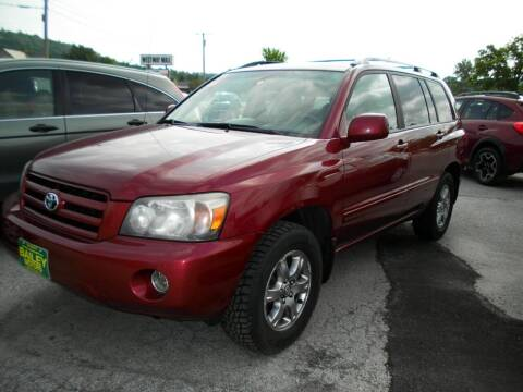 2005 Toyota Highlander for sale at BAILEY MOTORS INC in West Rutland VT