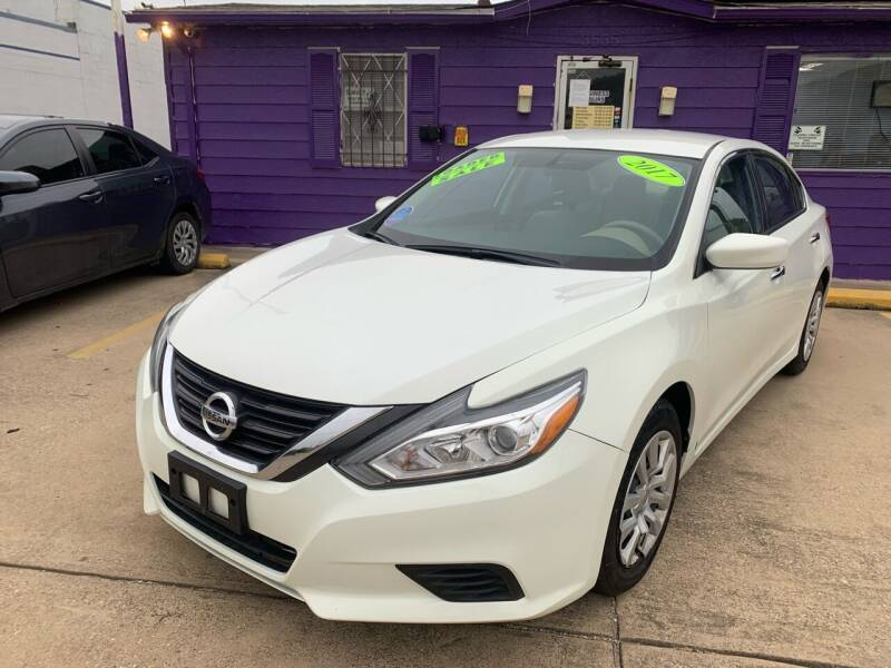 2017 Nissan Altima for sale at Quality Auto Sales LLC in Garland TX