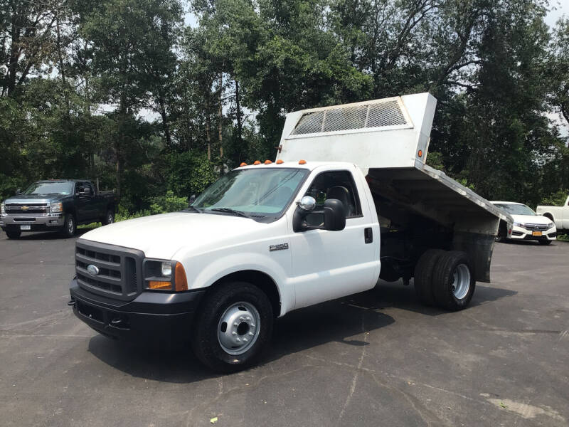 2005 Ford F-350 Super Duty for sale at AFFORDABLE AUTO SVC & SALES in Bath NY