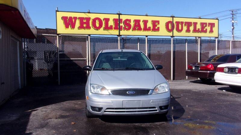 2007 Ford Focus for sale at LONG BROTHERS CAR COMPANY in Cleveland OH