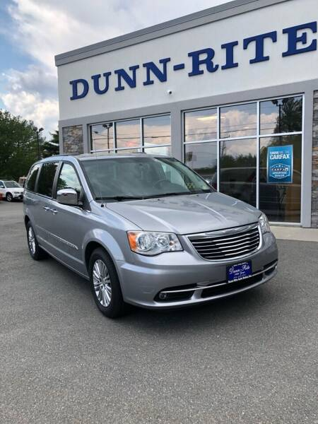 2013 Chrysler Town and Country for sale at Dunn-Rite Auto Group in Kilmarnock VA