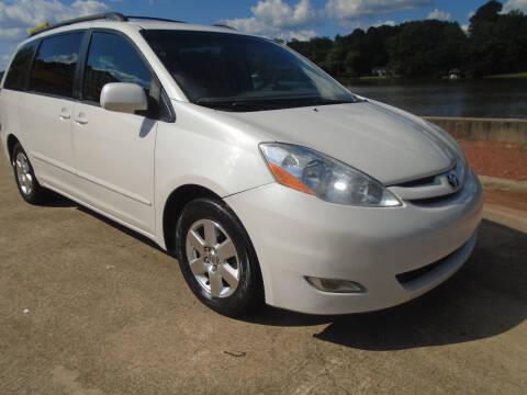 2007 Toyota Sienna for sale at Lake Carroll Auto Sales in Carrollton GA