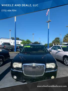 2008 Chrysler 300 for sale at WHEELZ AND DEALZ, LLC in Fort Pierce FL