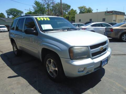 2008 Chevrolet TrailBlazer for sale at DISCOVER AUTO SALES in Racine WI