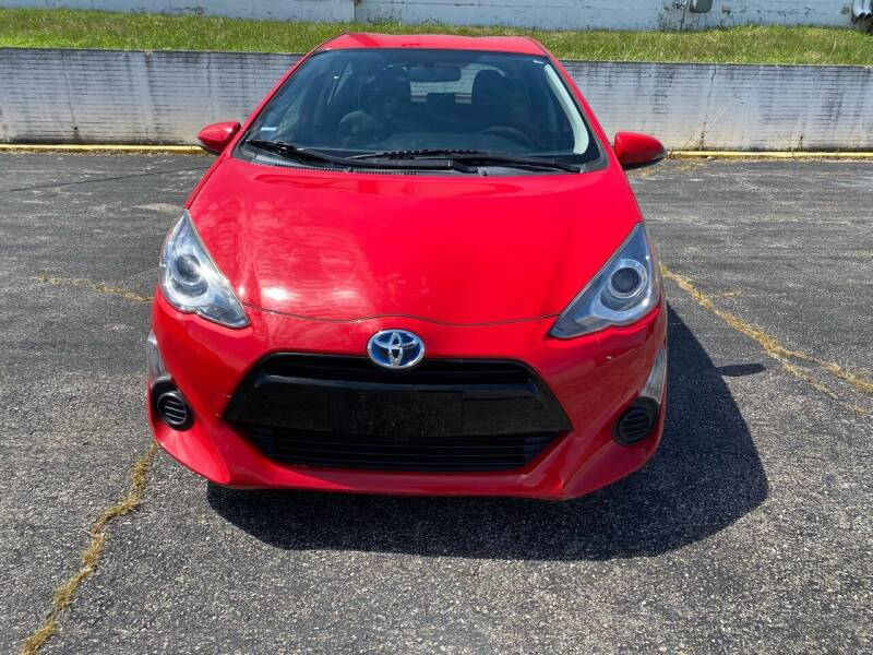 2015 Toyota Prius c for sale at D & J's Automotive Sales LLC in Olathe KS