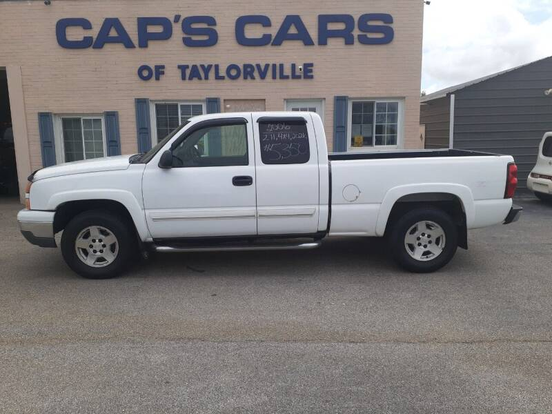 2006 Chevrolet Silverado 1500 for sale at Caps Cars Of Taylorville in Taylorville IL