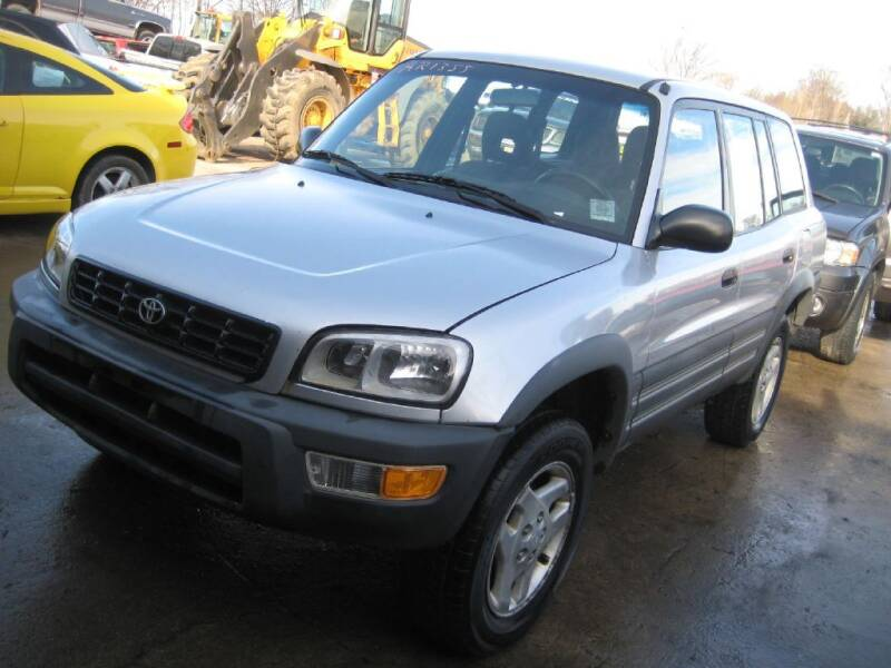 1998 Toyota RAV4 for sale at CARZ R US 1 in Armington IL